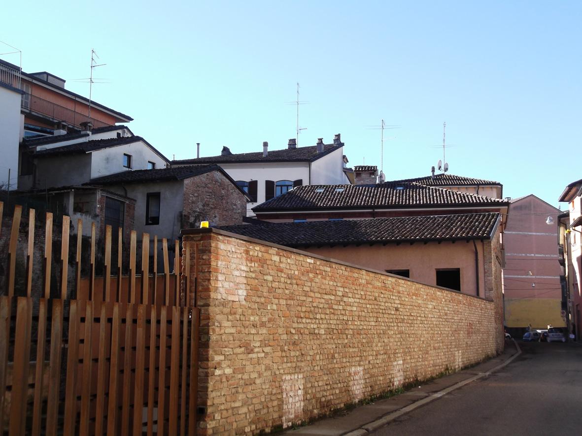 Qualsiasi tipo, Piacenza