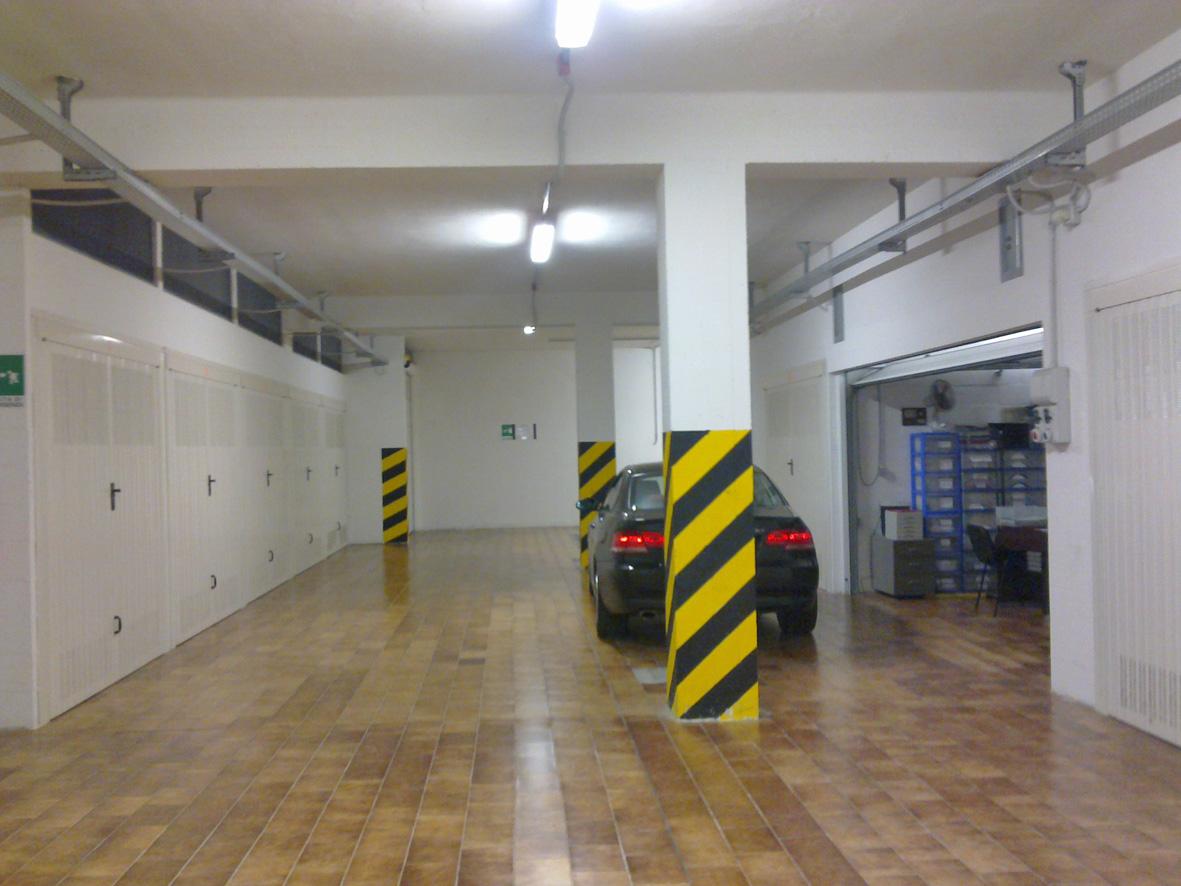 Garage / Posto auto, Viale Dante, Piacenza